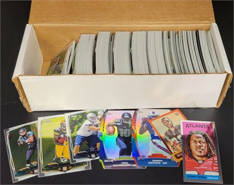 MISCELLANEOUS BOX WITH TOPPS CHROME FOOTBALL CARDS