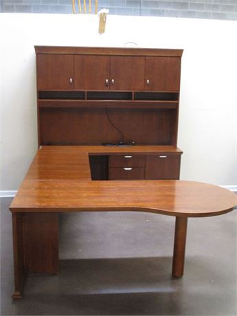 "STUNNING ""ESCALADE"" DESK WITH HUTCH BY NATIONAL DESK"