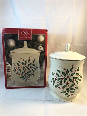 Lenox Holiday Cookie/Biscotti Jar