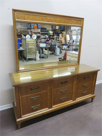 THOMASVILLE Triple Dresser
