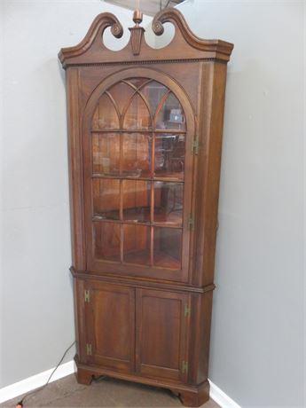 Lighted Corner Hutch Cabinet