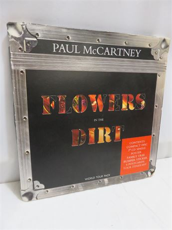 "PAUL MCCARTNEY ""Flowers In The Dirt"" World Tour Pack"
