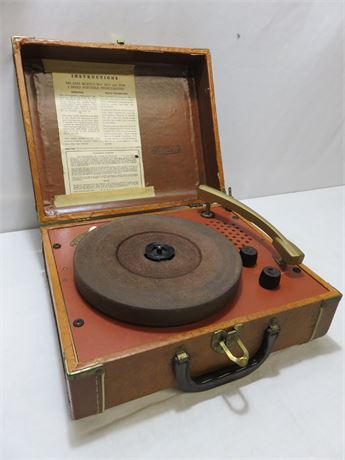 Vintage MITCHELL 3-Speed Portable Phonograph