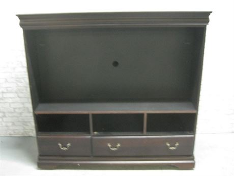 LARGE TV/ENTERTAINMENT CENTER ON CASTERS - FOR FLAT PANEL TV'S