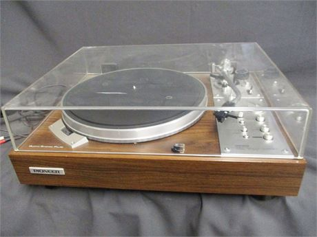 PIONEER QUARTZ PL-570 DIRECT DRIVE TURNTABLE