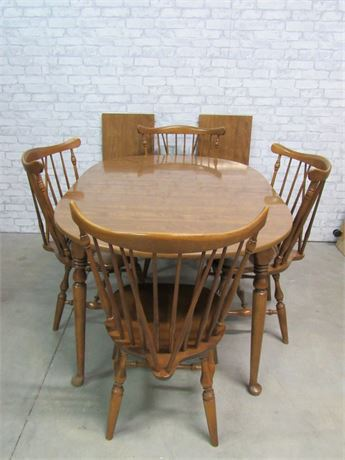 Ethan Allen Dining Table with 4 Windsor Chairs and 2 Leaves