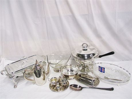 LOT OF SILVER PLATE SERVE WARE