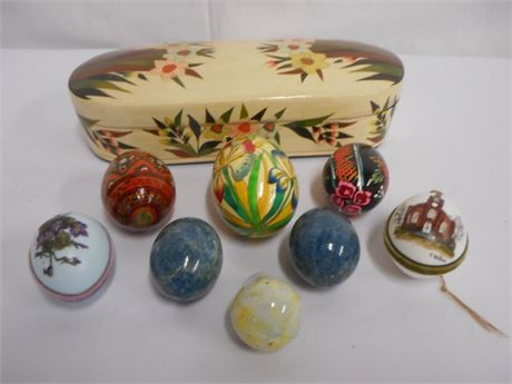 9 PIECE LOT - ETHAN ALLEN TRINKET BOX AND DECORATIVE/EASTER EGGS