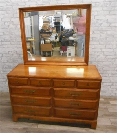 VERY NICE GENUINE CUSHMAN COLONIAL CREATION DRESSER WITH MIRROR