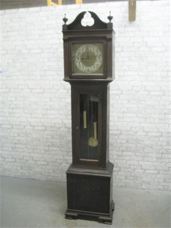 ANTIQUE/VINTAGE COLONIAL MANUFACTURING GRANDFATHER CLOCK