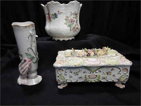 Fine Pottery Lot