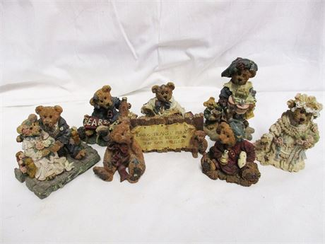 LOT OF 7 BOYDS BEARS AND FRIENDS COLLECTIBLES