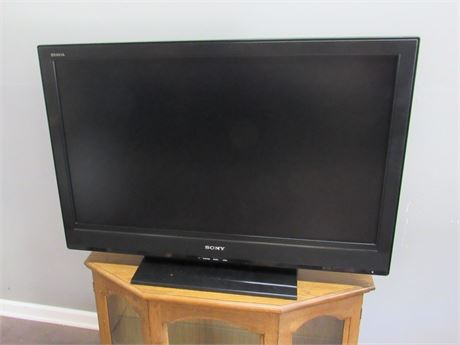 "40"" Sony Bravia Flat Panel LCD TV with Remote"