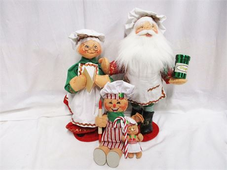 LOT OF 4 ANNALEE CHRISTMAS COLLECTIBLES