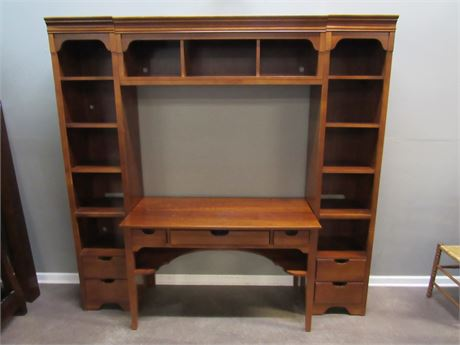 Stanley Furniture Young America Desk with Display/Bookcases