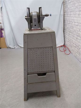VINTAGE HOMECRAFT GRINDER WITH ACCESSORIES