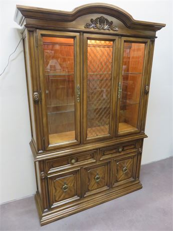 WHITE FURNITURE China Hutch