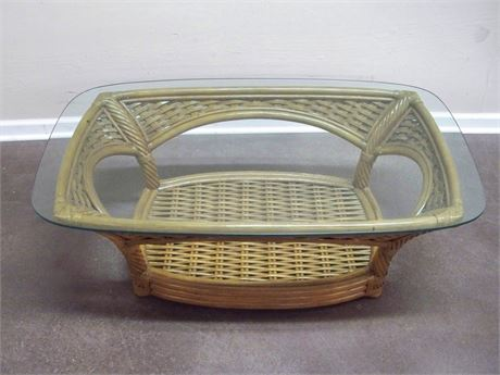 RATTAN/WICKER COFFEE TABLE WITH GLASS TOP