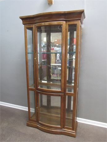 Bow Front Display/Curio Cabinet