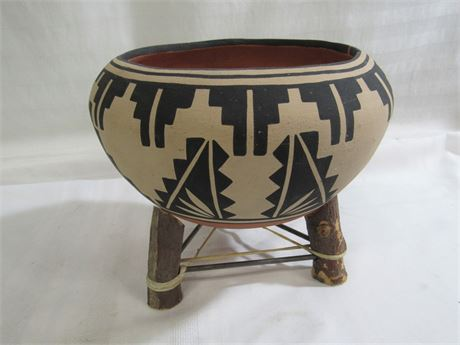 SIGNED EDWIN HERRERA CLAY POTTERY BOWL WITH STAND