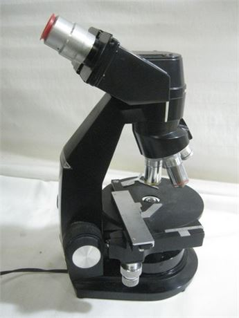 BAUSCH & LOMB ACADEMIC MICROSCOPE WITH CASE