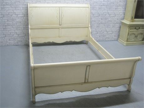 THOMASVILLE PAINTED/STENCILED RUSTIC LOOK QUEEN SIZE SLEIGH BED