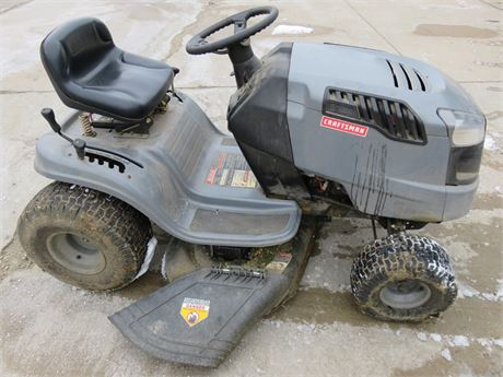 SEARS Craftsman LT1500 Lawn Tractor
