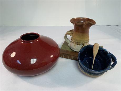 Lot of decorative Pottery