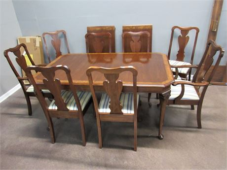 Dining Table with 2 Leaves, Pads and 8 Chairs