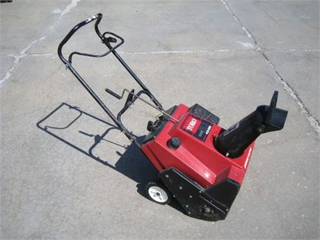 TORO CCR2000 POWER CURVE SNOW THROWER