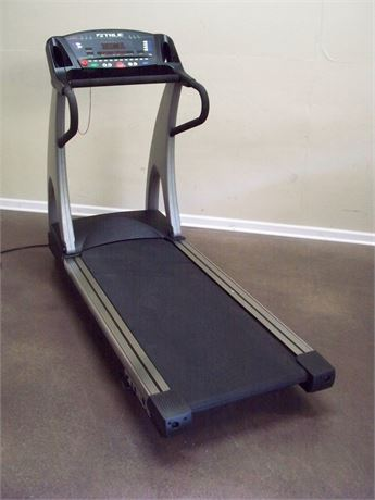 FITNESS TECHNOLOGY TRUE 550 ZTX SOFT SELECT TREADMILL