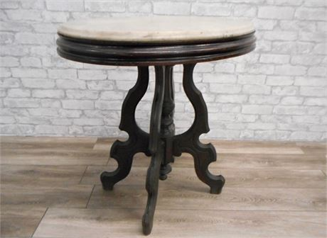 ANITQUE VICTORIAN OVAL BEVELED EDGE MARBLE TOPPED PARLOR TABLE