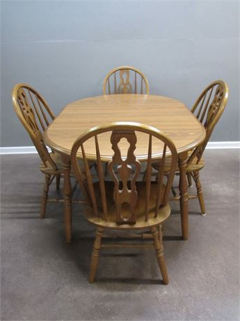 Oak Dinette Table with 4 Chairs