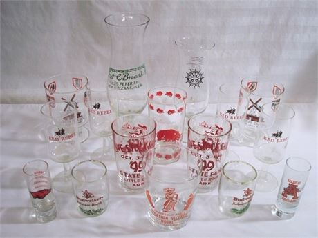 16 PIECE VINTAGE BARWARE/GLASSWARE LOT