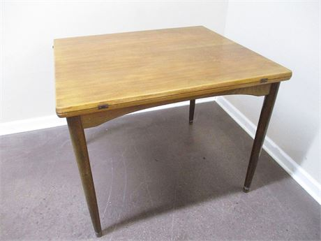 MID CENTURY MODERN CONVERTIBLE GAME TABLE