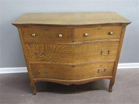 Nice Vintage Tiger Oak 4 Drawer Bow Front Dresser