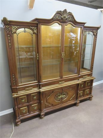 UNION FURNITURE Italian Provincial Style Lighted Hutch