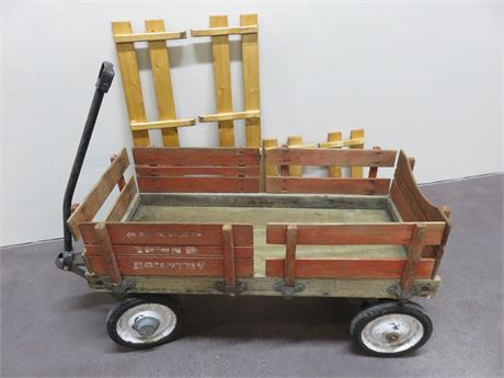 Vintage TOWN & COUNTRY Wooden Wagon
