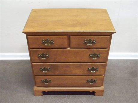ETHAN ALLEN MAPLE NIGHTSTAND/SMALL CHEST