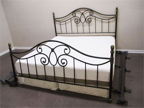 KING WROUGHT METAL BED WITH I-COMFORT KING MATTRESS
