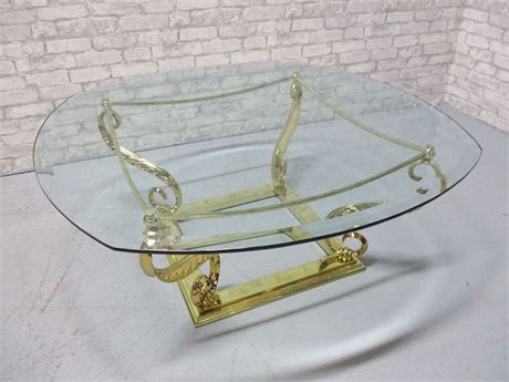 LOVELY BRASS AND GLASS COFFEE TABLE