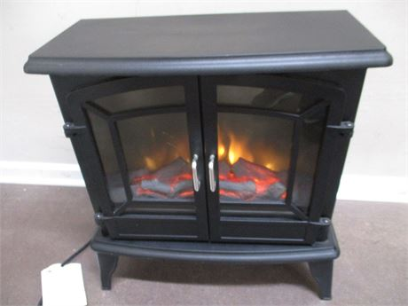 "PLEASANT HEARTH 24"" ELECTRIC FIREPLACE MODEL SES-51-10"