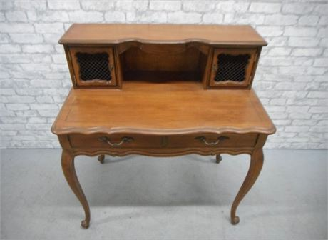 HAMMARY DESK WITH CABRIOLE LEGS