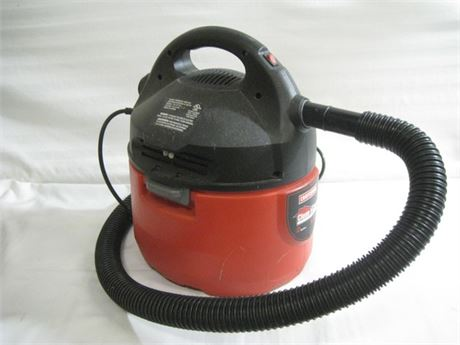 CRAFTSMAN CLEAN AND CARRY SHOP VAC