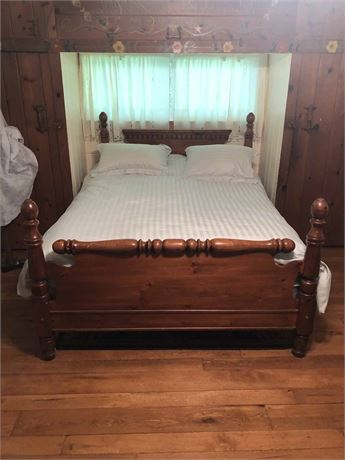 Antique Queen Bed