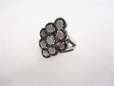 SIZE 9 STERLING SILVER RING WITH WHITE AND BLUE DIAMONDS
