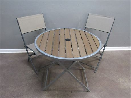 Small Bistro Size Folding Table and 2 Chairs