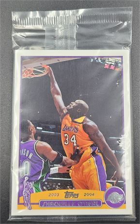 2003-04 Topps Basketball Preview Pack w/ Shaquille O'Neal & Steve Nash Showing