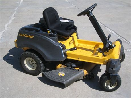CUB CADET RZTS ZERO TURN RIDING MOWER