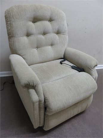 LA-Z-BOY Power Reclining Lift Chair